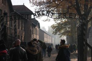 Besök i det f.d. koncentrations- och förintelselägret Auschwitz-Birkenau. Foto: Jan Kristoffersson