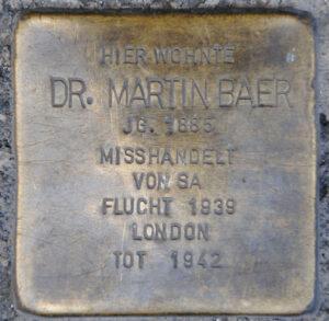 Minnessten (Stolperstein) för Dr. Martin Baer, Coburg.