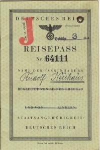 Antisemitiskt bakgrundsbrus. Svenska myndigheter bidrog till J-stämpeln. Foto: Källa Riksarkivet
