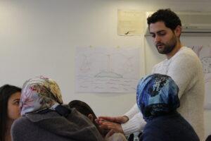 Cihan Tekeli arbetar med utbildning om bland annat mänskliga rättigheter och tolerans vid Anne Frank House i Amsterdam.