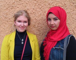 Freya och Khalida Foto: Mathan Ravid